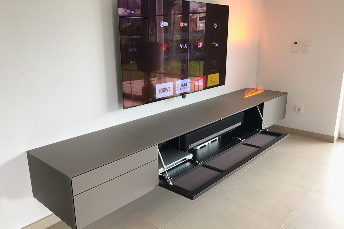 HIFI CONCEPT LIVING Innovatives Mbel Trifft Auf