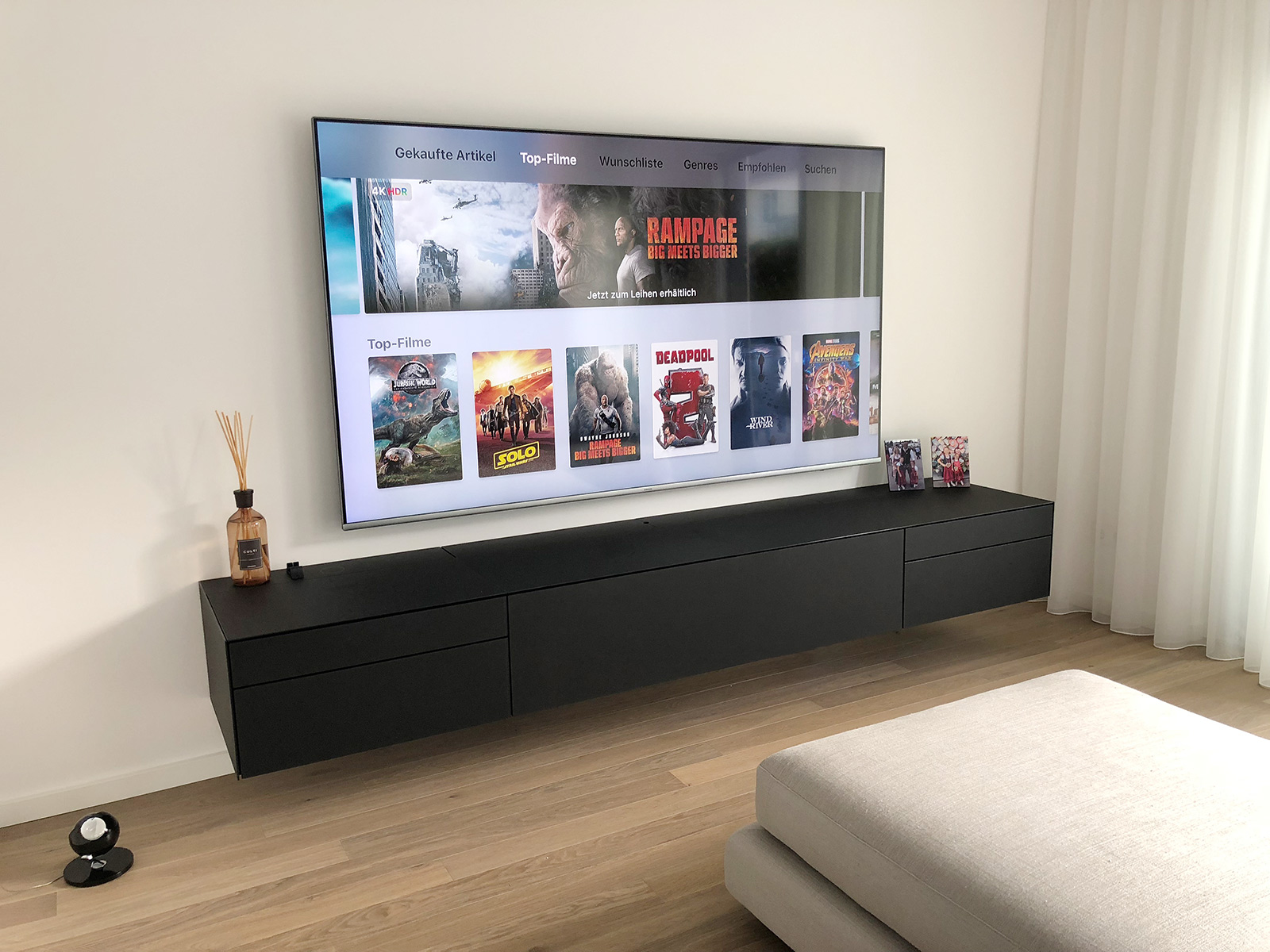 hifi concept living spectral ameno samsung 82 zoll tv. Black Bedroom Furniture Sets. Home Design Ideas